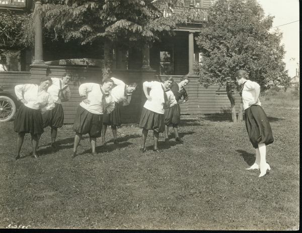 Exercise-in-Bloomers