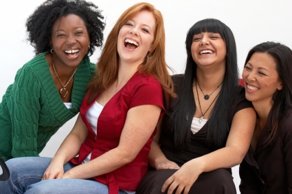 women-laughing-4