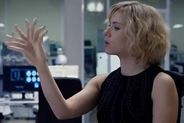 ScarJo as Lucy: Apparently, if you're really really smart, you can grow another hand