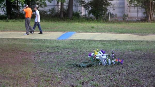 A makeshift memorial at the spot where Walter Scott was killed