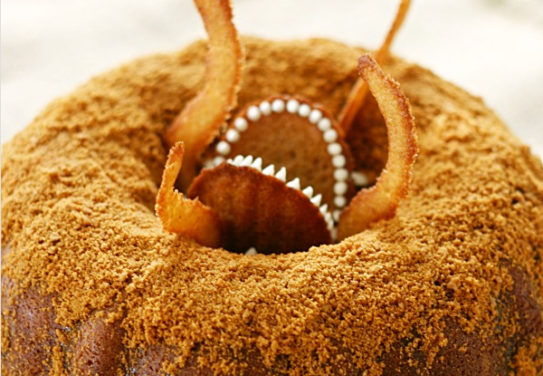 Bundta Dentata, a.k.a. Star Wars Sarlacc Bundt Cake from Yummy Crumble.  Click on pic for more.
